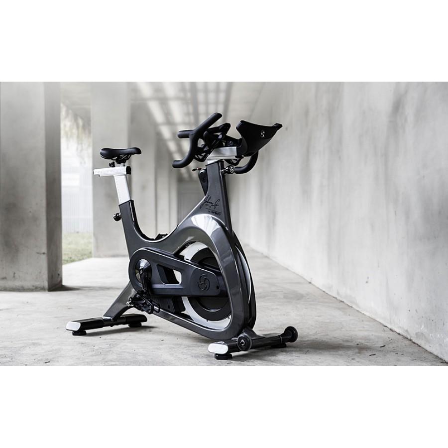 Что лучше купить спин-байк или велотренажер?